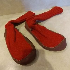 ACORN SLIPPER SOCKS WOMENS SZ 5 - 6